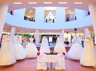 Fotografii Targ de nunta Iulius Mall 2012