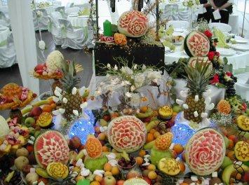 Kiss Style - Sculpturi in fructe Nunta Timisoara