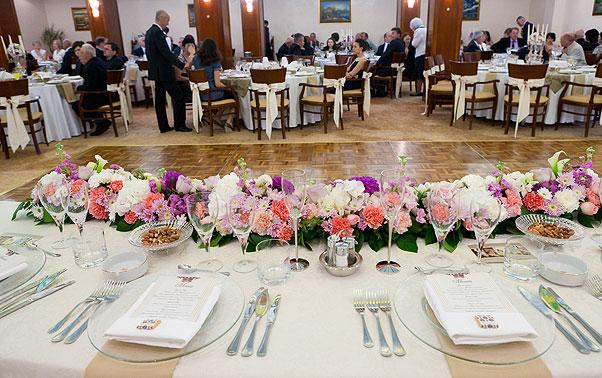 Masa miri si aranjarea meselor in sala Imagia Cluj